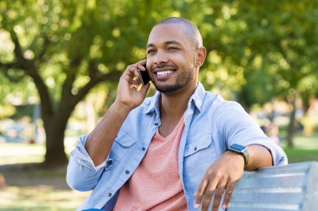 Phone Calls Help Create Closer Bonds Than Texting